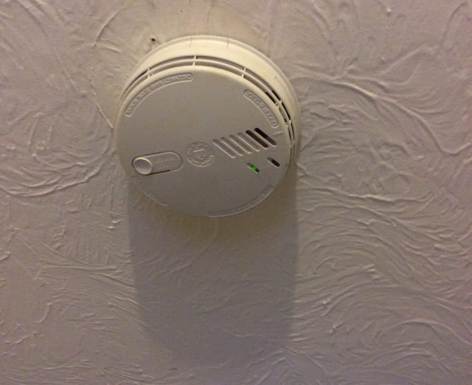 Fixed wire testing Old Defective Smoke alarm